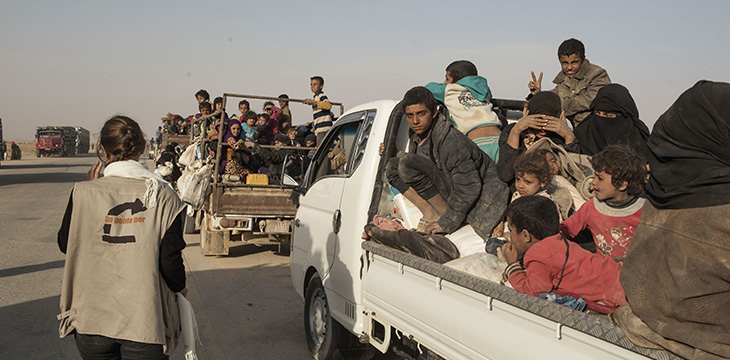 Raqqa. Famiglie in fuga dal conflitto. Ottobre 2017. Foto di Alessio Romenzi/UPP