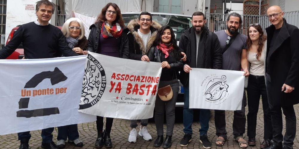Attivisti e attiviste del Comitato di Torino con la delegazione di musicisti iracheni, 2018
